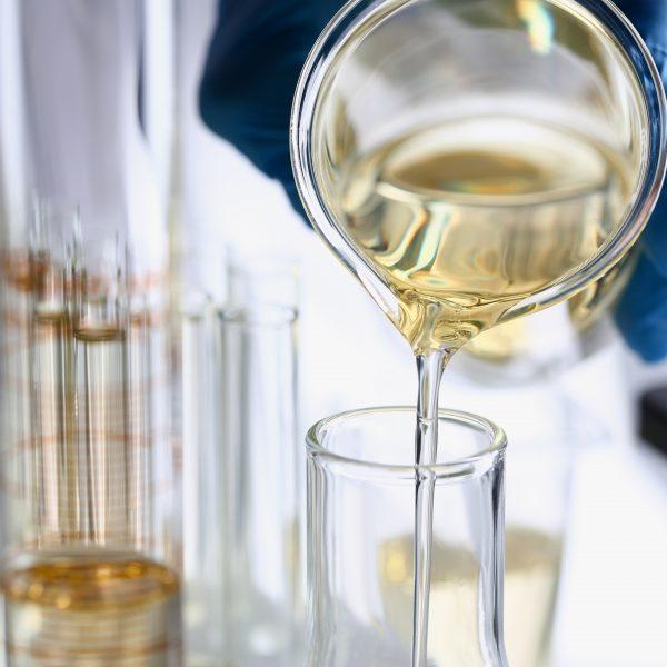 Additif liquide fait à partir de sucre de betterave